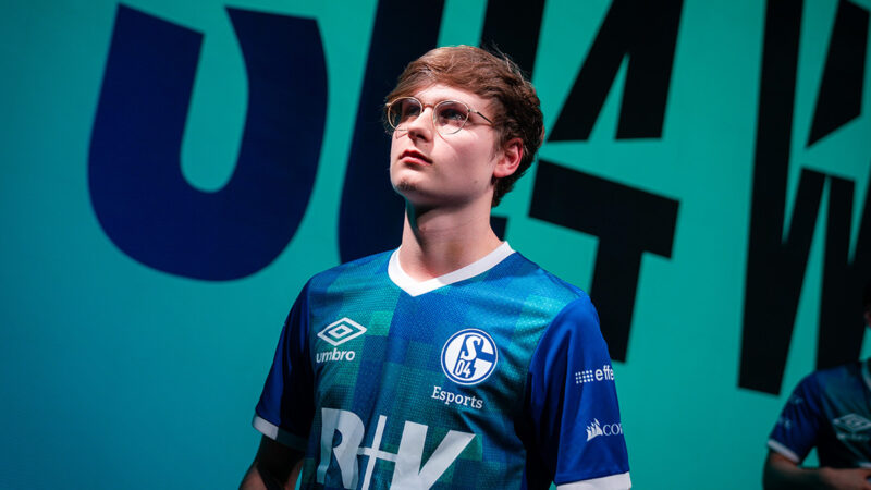 Upset confirmed to be the starting AD Carry for Invictus Gaming